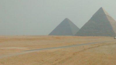 Las pirámides en Mis crónicas del Nilo 2, un reportaje de MICINEXIN